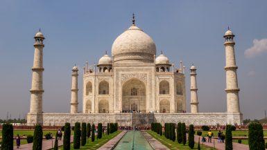 Agra y Varanasi