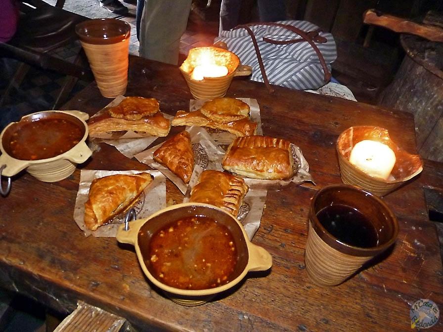 empanadas y la sopa de alce en el Draakon