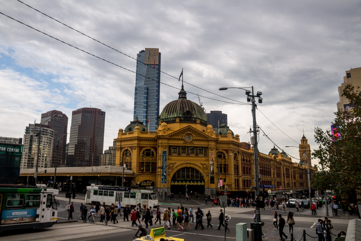 Junto a la Federation Square, Melbourne