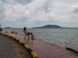 Paseo marítimo en Kep