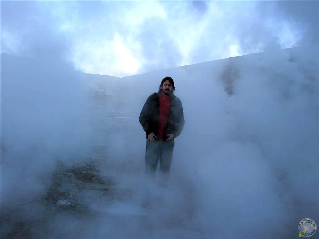 Viendo geisers en Atacama