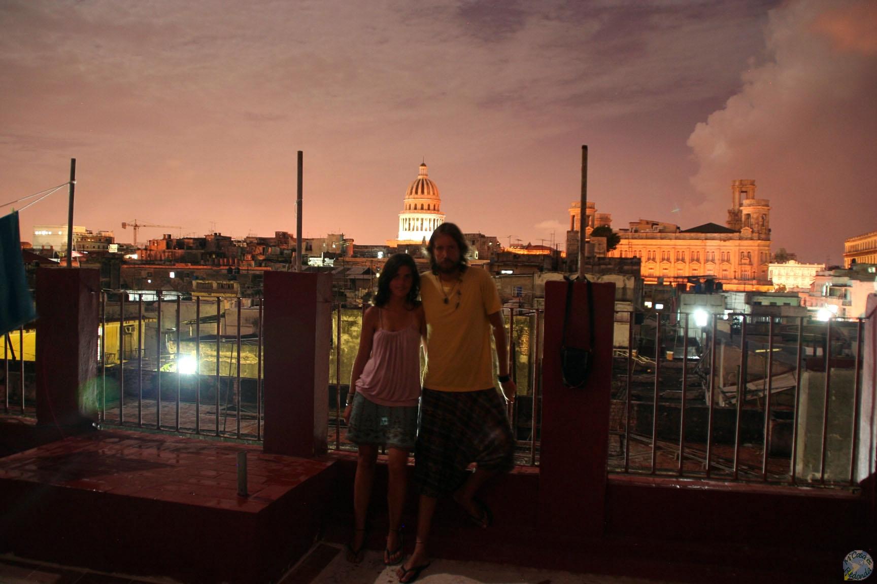 Por la noche, Capitolio al fondo