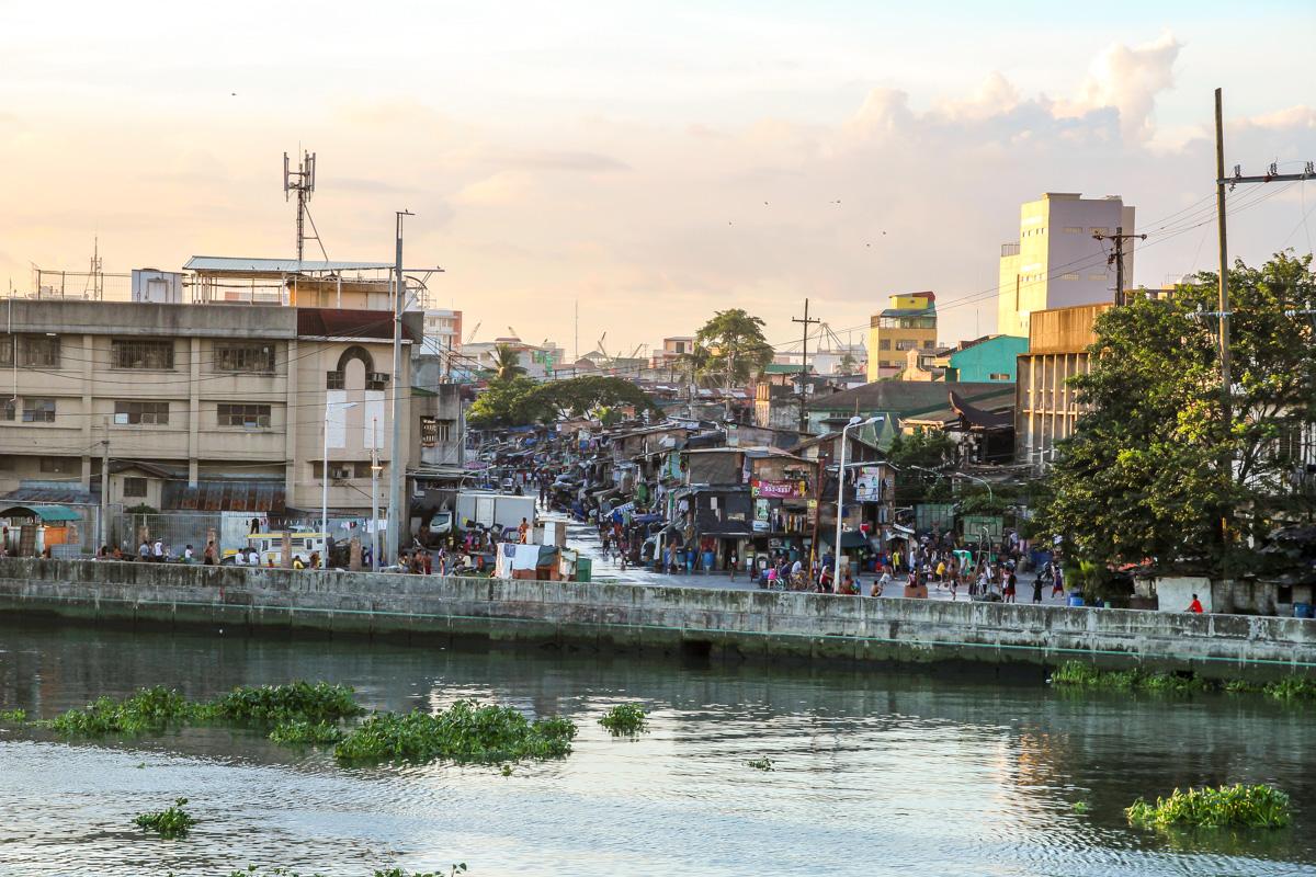 Al otro lado de Intramuros