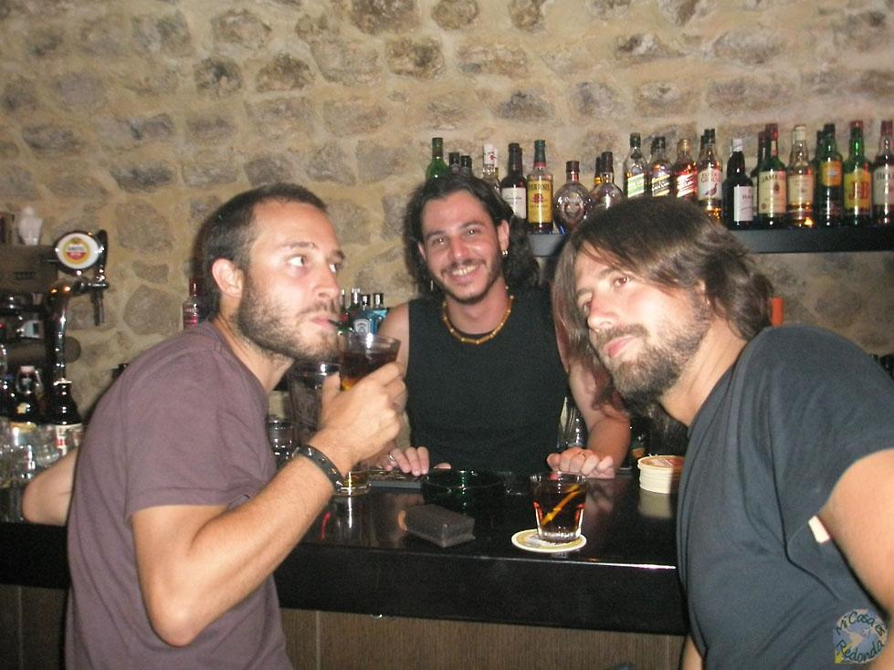 Conociendo la noche de Heraklion, haciéndonos amigos del barman