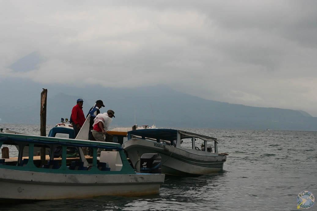 La barcaza en la que nos movíamos