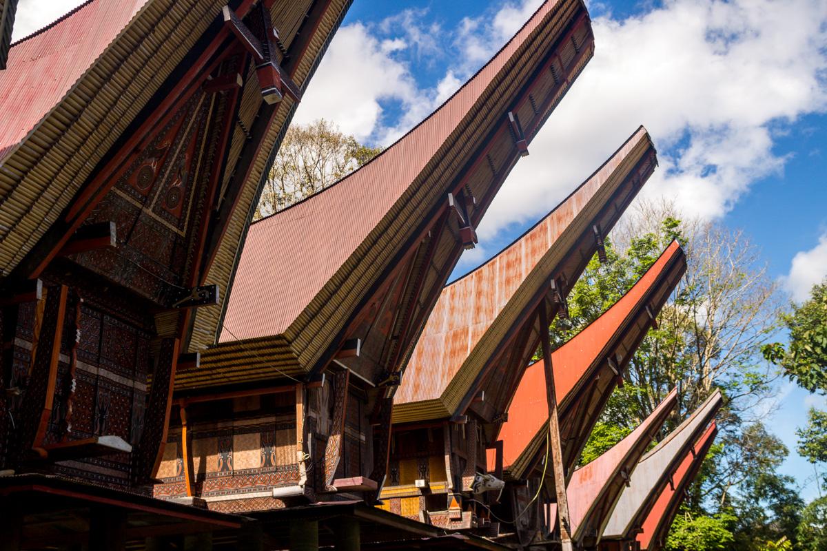 Fachadas profundamente decoradas, Tana Toraja