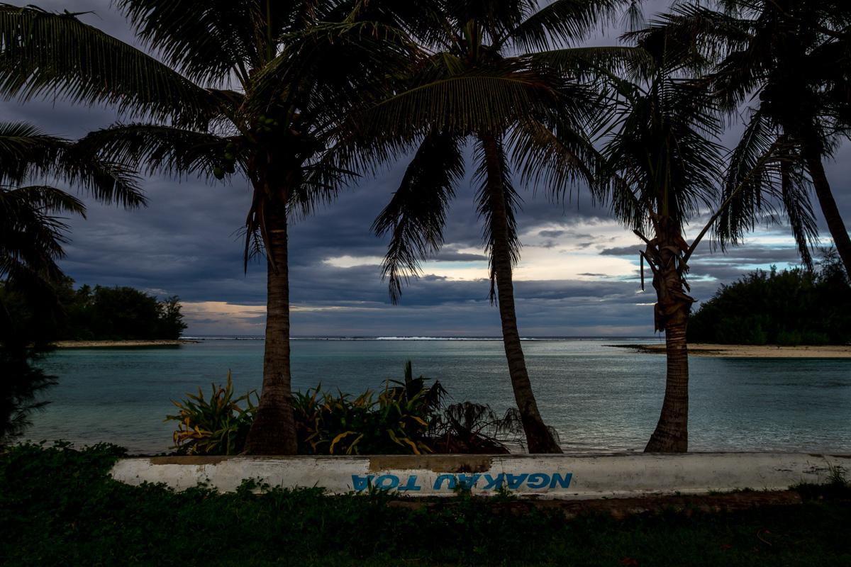 Anocheciendo, islas Cook