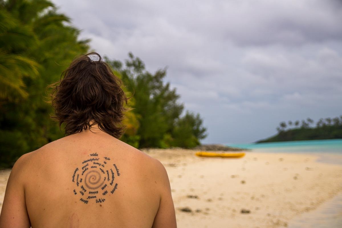 Desembarcando en un motu, islas Cook
