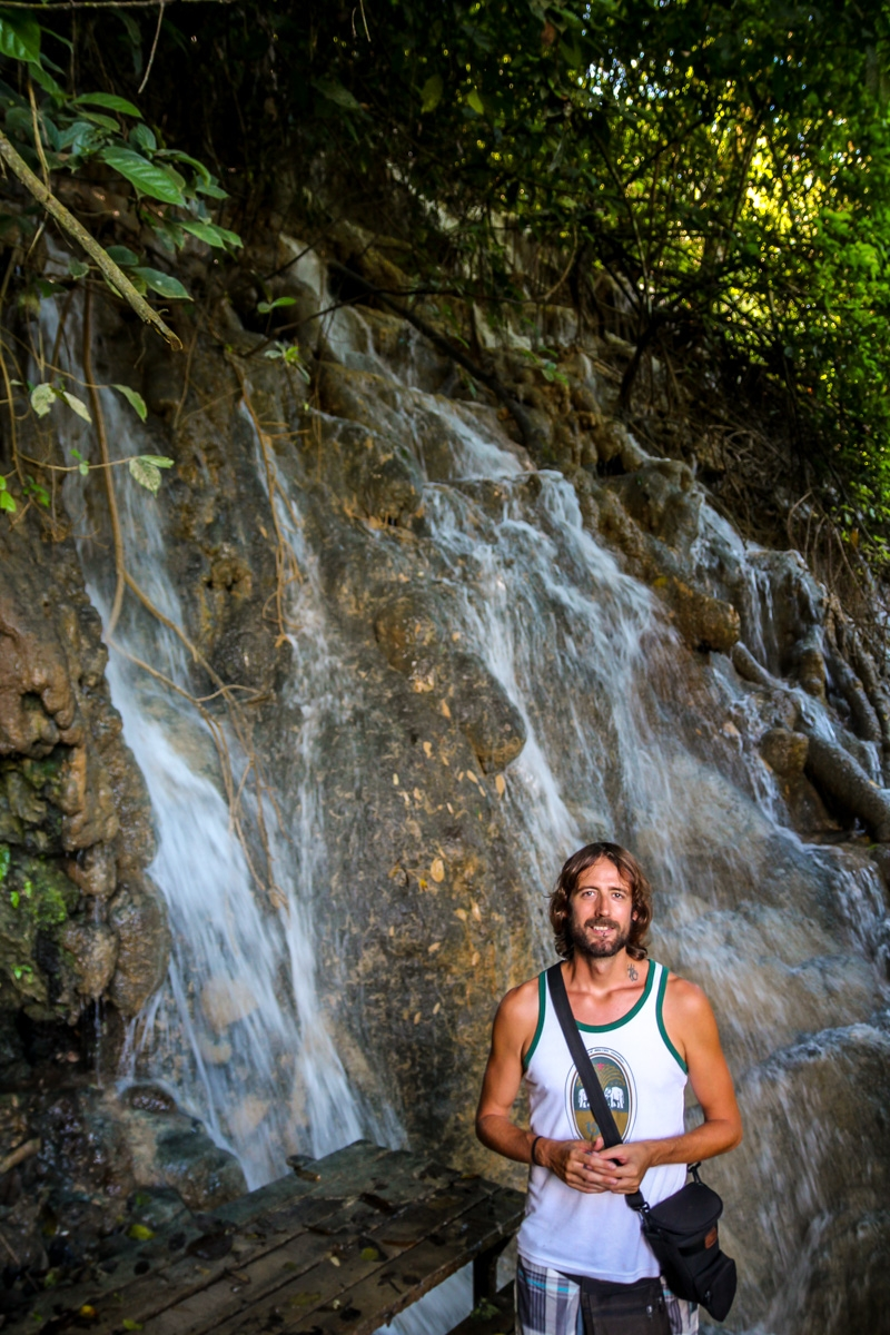 Subiendo a lo alto de las cascadas