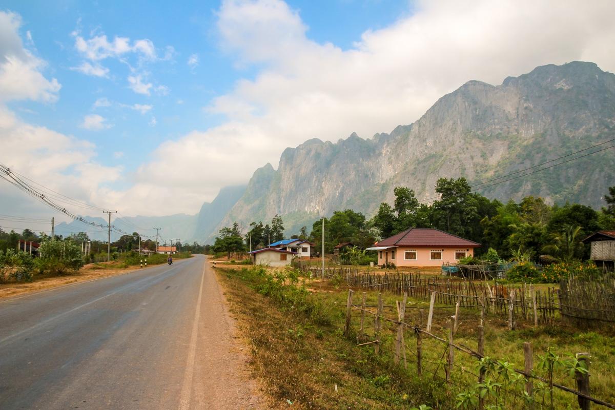 Llegando a carreteras asfaltadas, Thakhek Loop