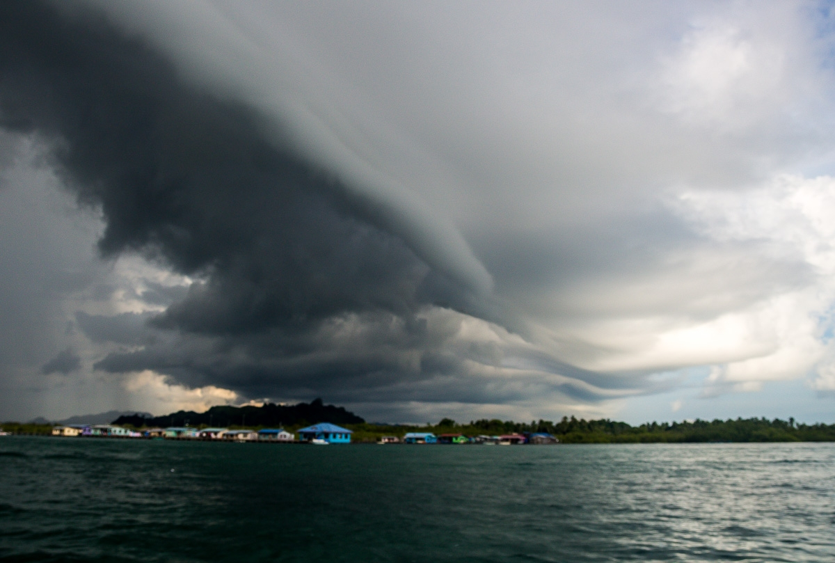 Se avecina tempestad, Mabul