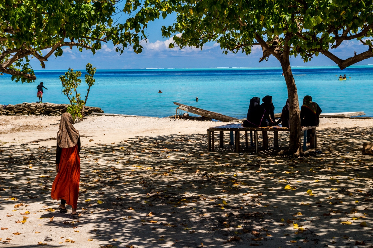 Los locales también buscan el mar, Gulhi