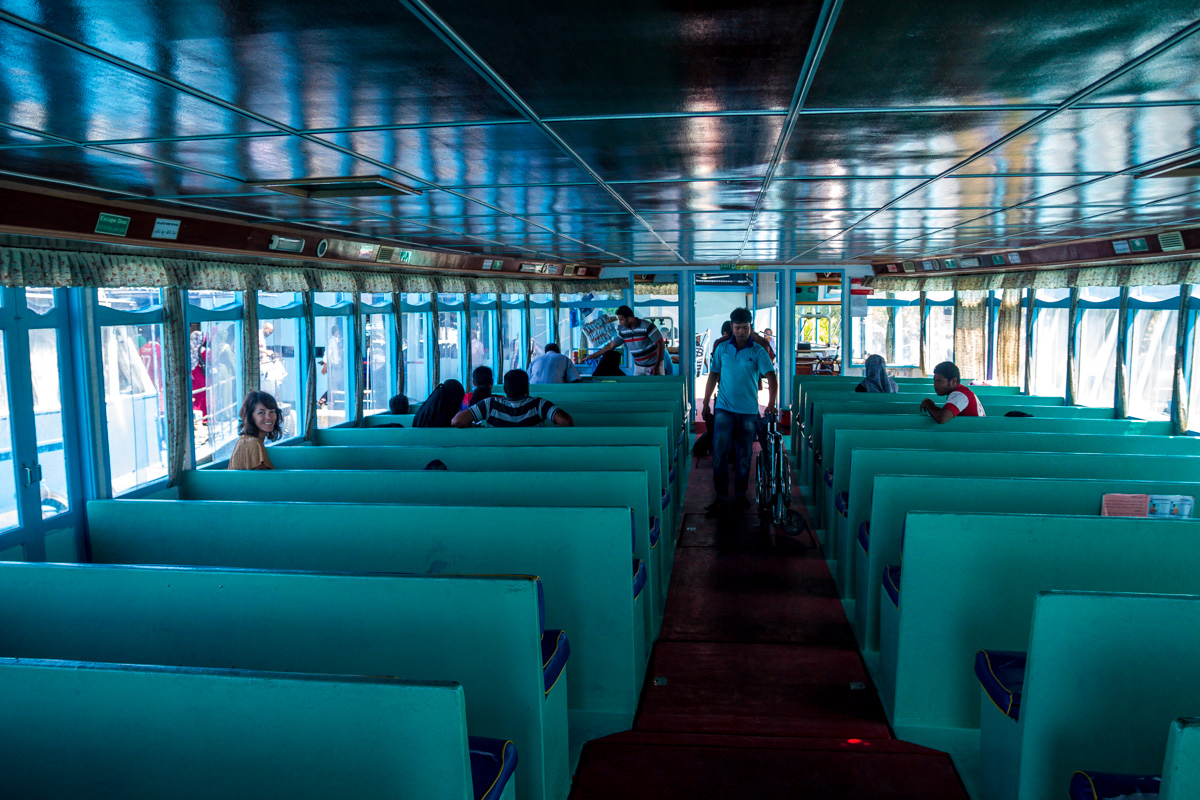 Ferry Male - Kaashidhoo (interior)