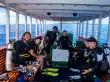 Haciendo el briefing del buceo en Maldivas