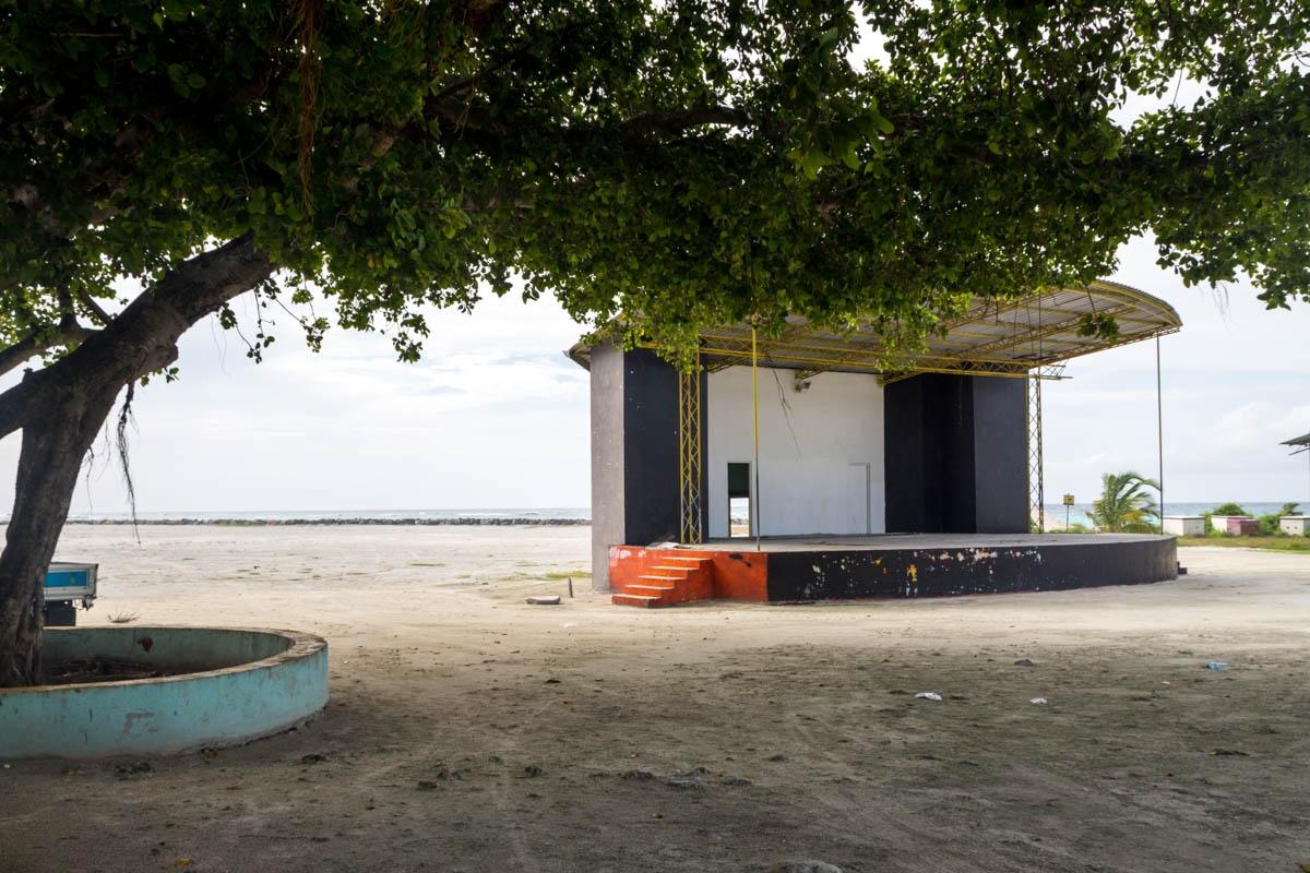 Escenario para fiestas y eventos, Ukulhas