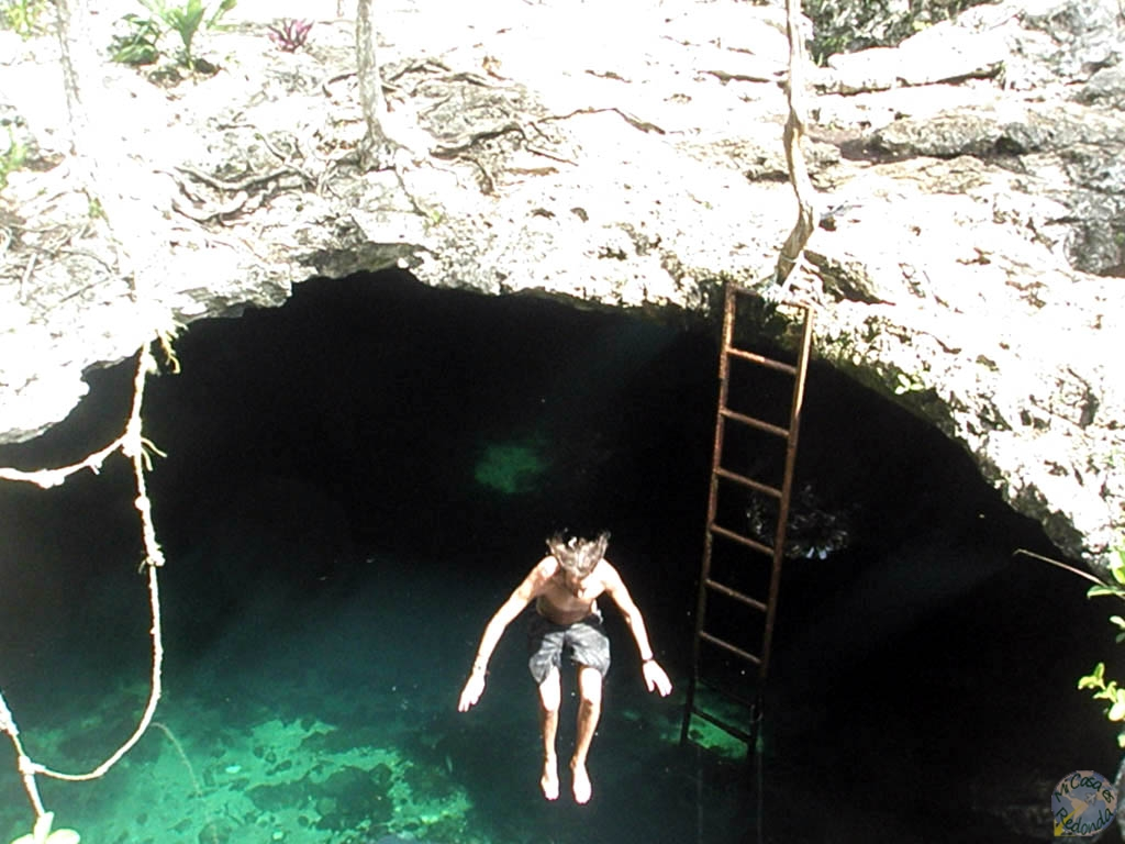 Cenote Calavera, Yucatán