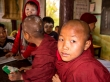 Monjes en la escuela
