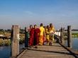 Sobre el puente de Amarapura