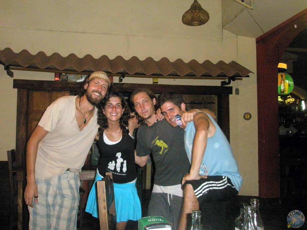 Malditos argentinos! Nos los fuimos encontrando por todo centroamérica