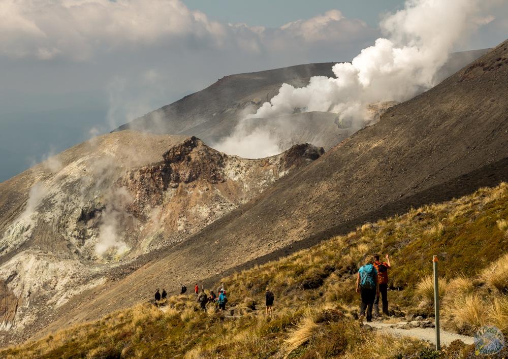 Fumarolas del volcán bajando