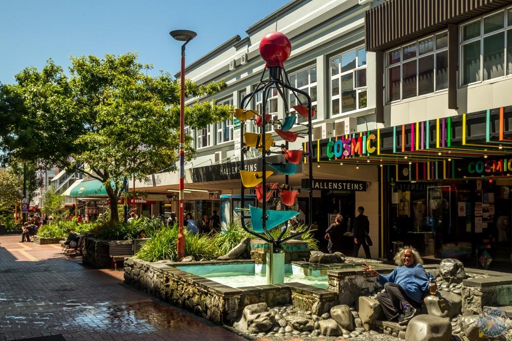 Bucket Fountain, o Fuente de los Cubos, en Cuba Street, Wellington.