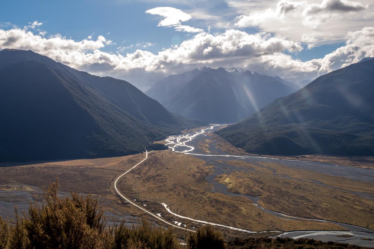 Vista del Arthur's Pass durante el trekking de Bealey Spur