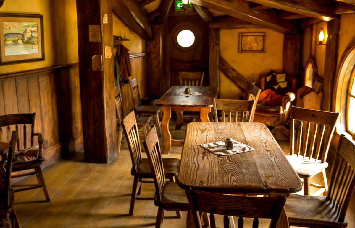 Green Dragon Tavern. Hobbiton, La Comarca
