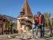 Frente a una de las 9 torres de los gremios en Sighisoara