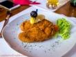 Pollo rebozado con queso
