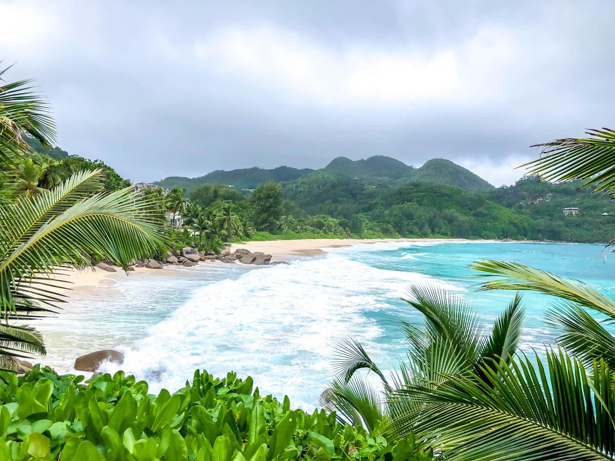 Playas, vegetación y nubes... Seychelles!