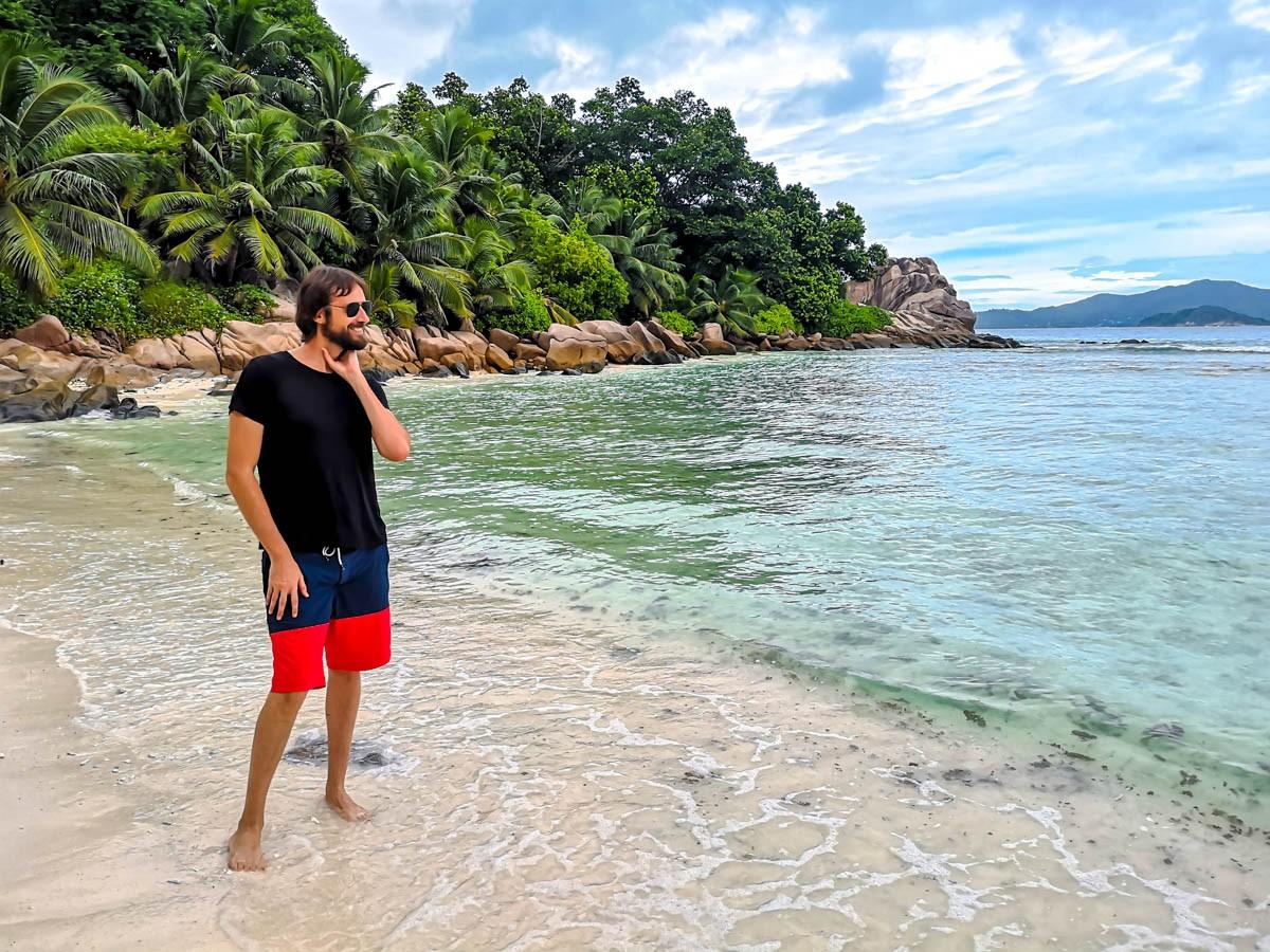 Decidiendo si hacer o no snorkel, Seychelles