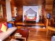 Habitación de resort, todo en madera. Seychelles