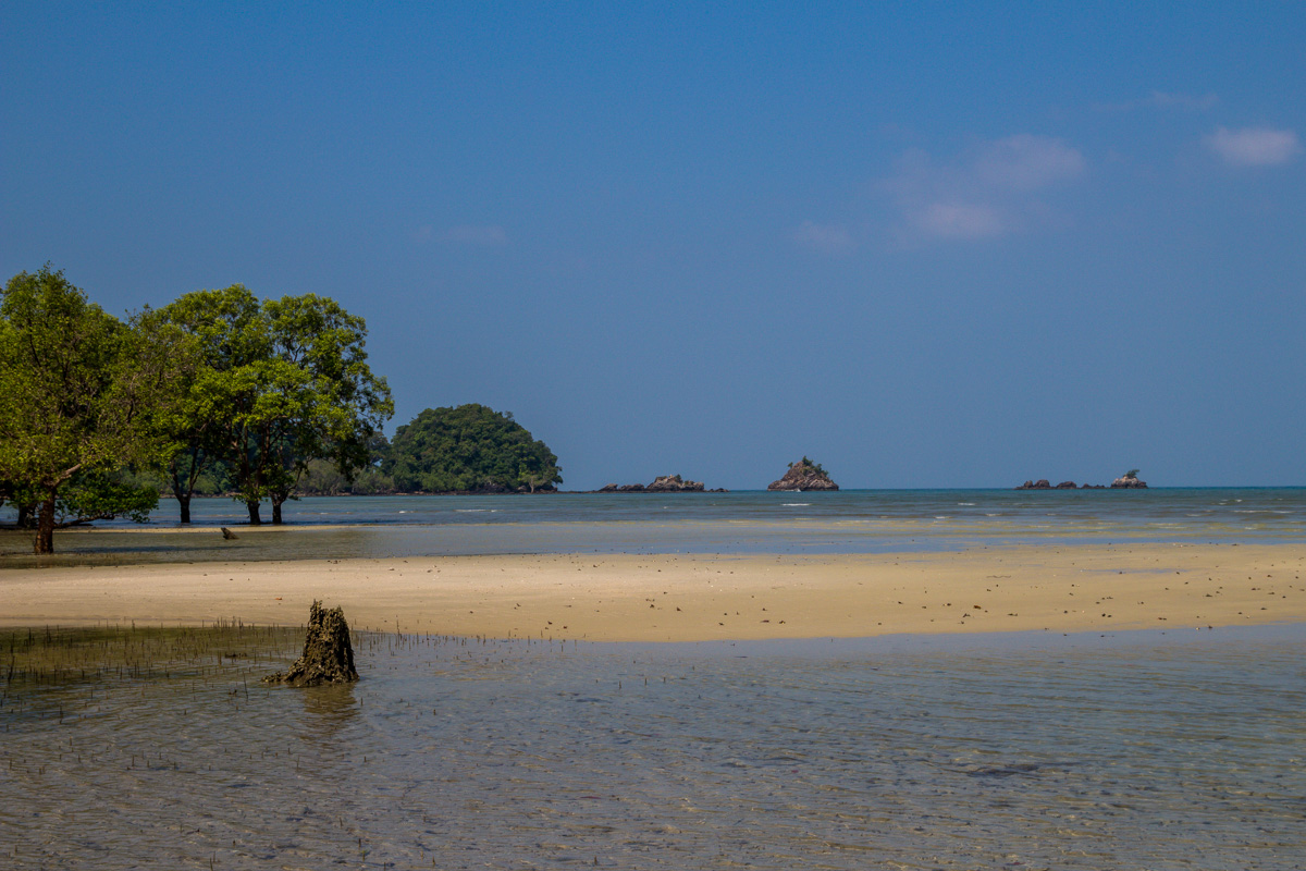 Playas entre manglares, Koh Phayam