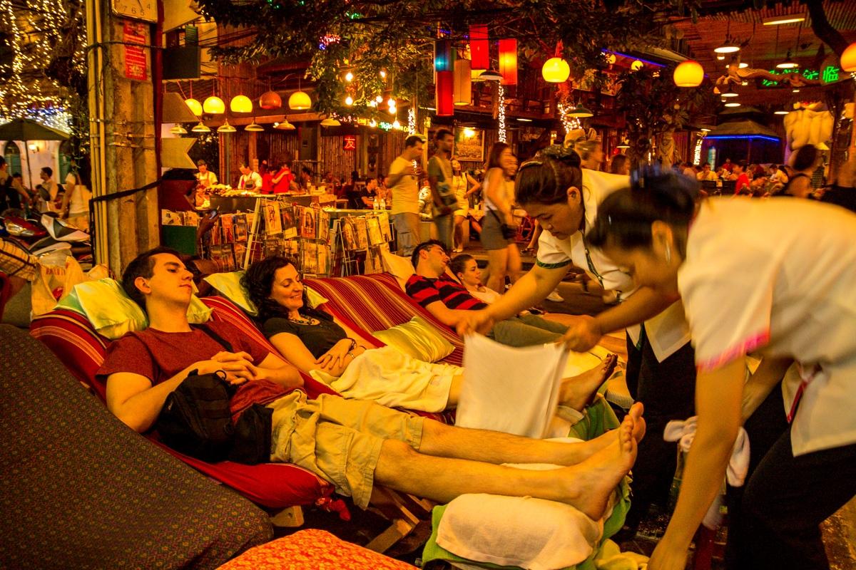 No podía faltar un masaje en Khaosan Road