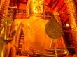 Un descomunal buda de 19 metros en Wat Phanan Choeng, Ayutthaya