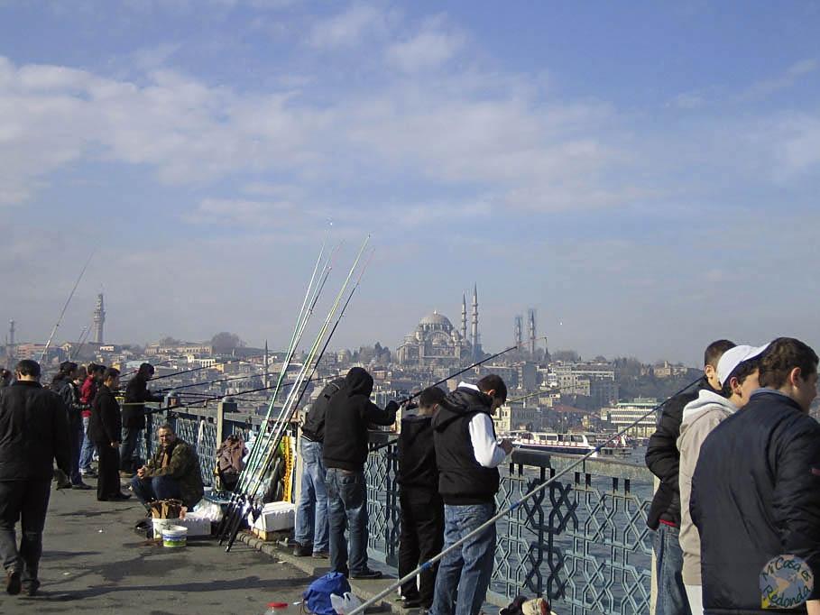 Puente Gálata sobre el Cuerno de Oro, Estambul
