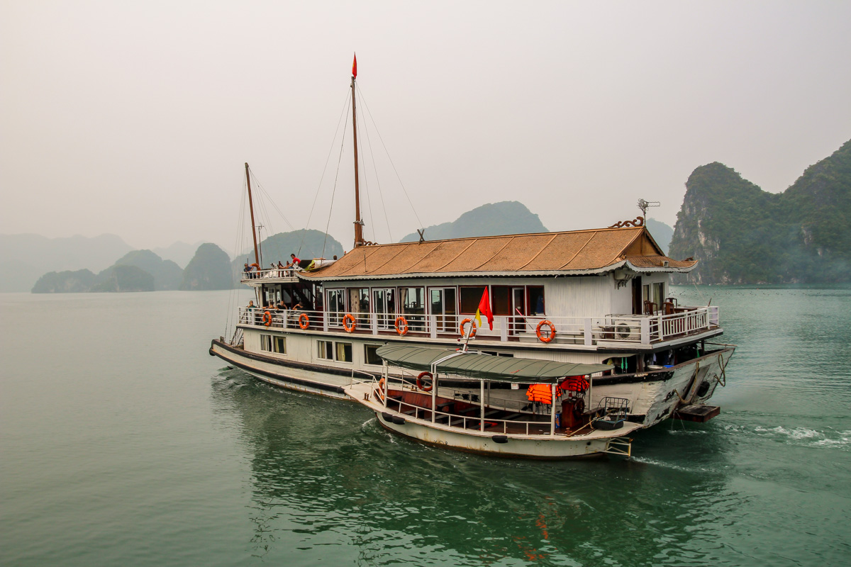 Halong Bay - Imperial Junk