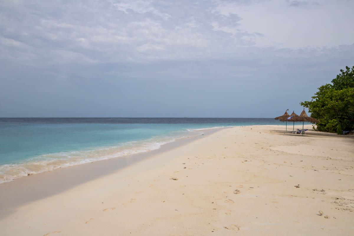 Playa de Ukulhas con marea baja